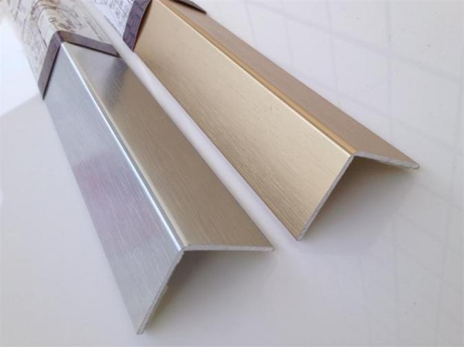 Stainless Steel Corner Bead : Metal corner bead angle supplier